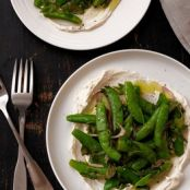 Sugar Snap Peas With Ricotta, Mint & Lemon