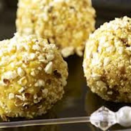 Roasted Garlic Hummus Popcorn Balls