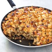 Sausage and Apple Skillet Stuffing