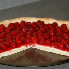 Cherry Cheesecake Pizza