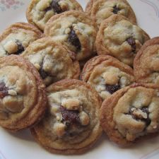 Walnut Date-Filled Cookies