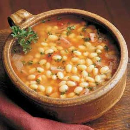 Hearty Ham & Bean Soup