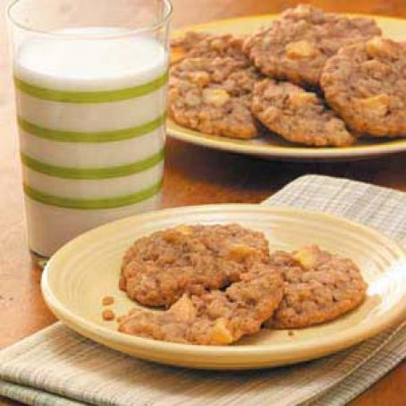 Chewy Apple Oatmeal Cookies Recipe