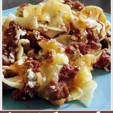 Amish Ground Beef and Noodle Casserole
