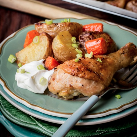 One 'Pot' Meal {Roasted Drumsticks and Potatoes}