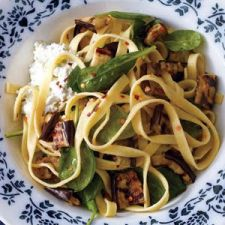 .Fettuccine With Spinach, Ricotta, and Grilled Eggplant