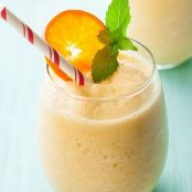 Breakfast in a Glass Protein Rich Orange Julius!