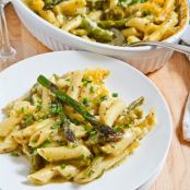 Asparagus and Pesto Mac and Cheese