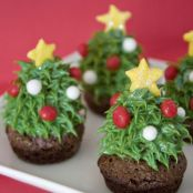 Strawberry Christmas Tree Brownie Bites