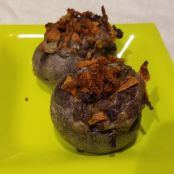 SPINACH-STUFFED PURPLE POTATOES