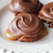 Chocolate Caramel & Pecan Turtle Clusters