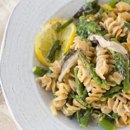 Vegan Cheezy Asparagus Lemon Pasta Bake
