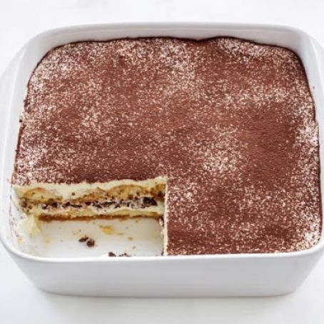 Classic Tiramisu with Chocolate