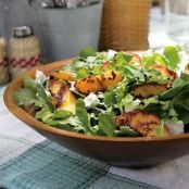 Grilled Peach and Arugula Salad With Goat Cheese