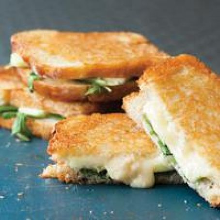 Apple, Cheese and Arugula Panini