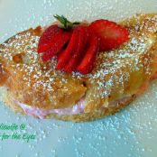 Strawberry & Cream Cheese Stuffed French Toast
