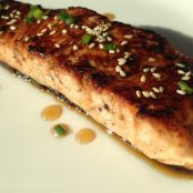 Sesame Ginger Salmon w/ Ginger Honey Glaze