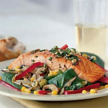Sizzling Salmon & Spinach Salad with Soy Vinaigrette