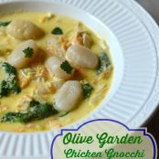 Copy Kat Olive Garden Chicken and Gnocchi Soup