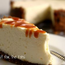 Creamy Cheesecake with Caramel Sauce & Biscoff Cookie Crust -- Pressure Cooker Style in 15 minutes!