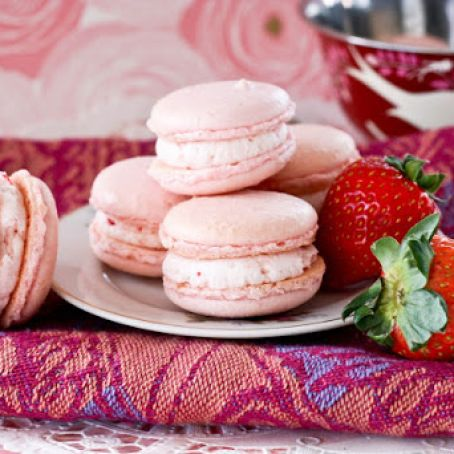 Strawberries And Cream French Macarons Recipe 4 5 5