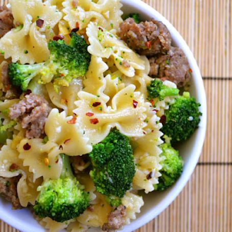 Spicy Sausage and Broccoli Pasta