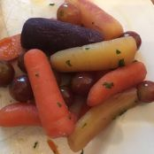 Carrots with Grapes