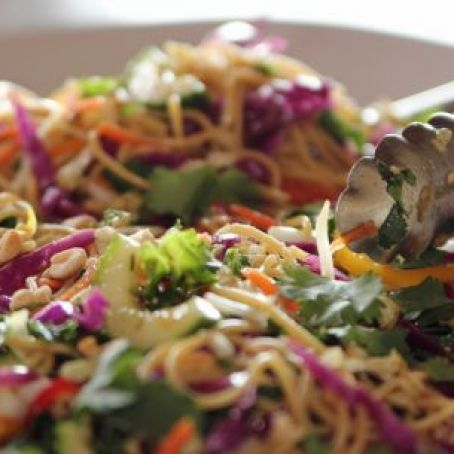 Asian Noodle Salad (Pioneer Woman)