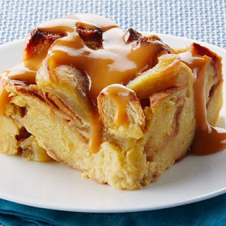 Slow Cooker Apple Pudding w/carmel sauce