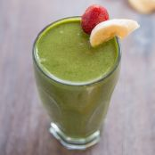 Strawberry & Banana Green Smoothie