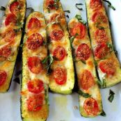 Low-Carb Zucchini Halves
