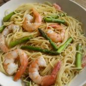 Lemony Shrimp Scampi with Asparagus