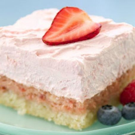 Strawberry Cream Dessert Squares