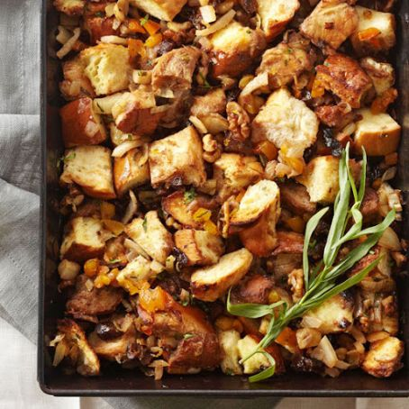 Challah Stuffing with Fennel & Dried Fruit