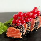 Salmon Tataki in Sesame & Almond crust with Spicy Red Currant Coulis