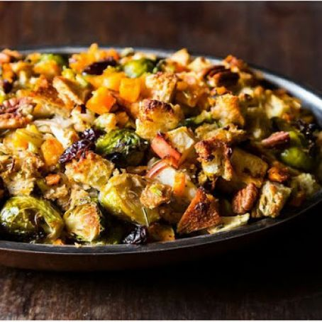 Vegan Butternut Squash, Brussels Sprouts Bread Stuffing with Apples