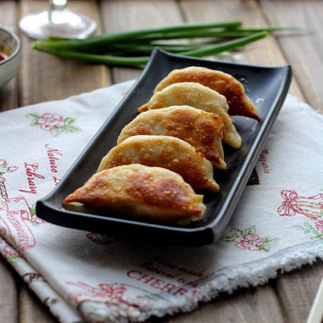 Pot Stickers - Chive and Pork