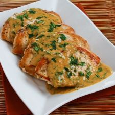 Chicken Breast with Cilantro & Red Thai Curry Peanut Sauce