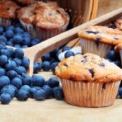 TRIPLE-BERRY QUICK MUFFIN {wheat belly}