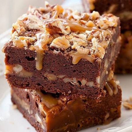 Turtle Brownies from Ghiradelli Soda Fountain & Chocolate Shop