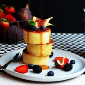 Japanese Hotcake with Figs & Berries