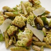 Whole Wheat Penne with Roasted Cauliflower and Parsley Pesto