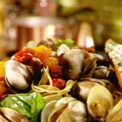 THE ULTIMATE SPAGHETTI WITH CLAMS
