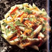 Penne with Bell Peppers, Mushrooms and Cheese