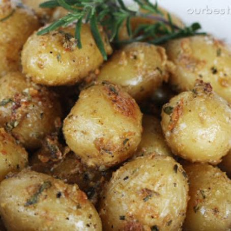Garlic Oven Roasted Potatoes