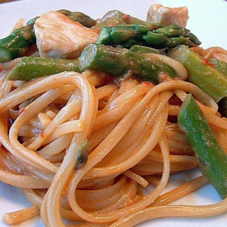 Sesame Noodles with Chicken & Asparagus