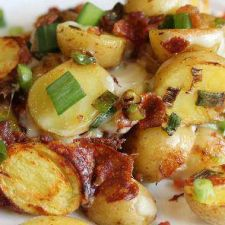 SLOW COOKED BACON CHEESE POTATOES