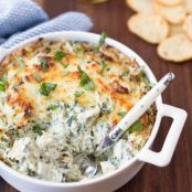 The Best Spinach & Artichoke Dip