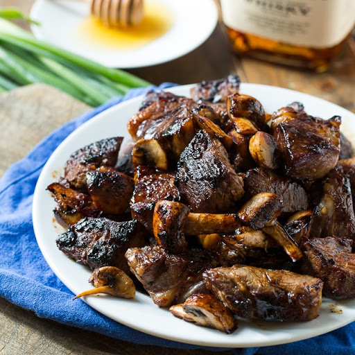 air fryer steak tips and mushrooms