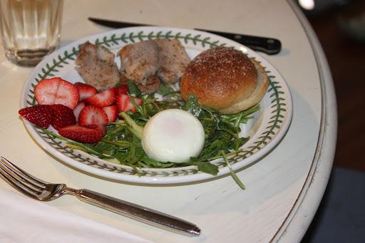 Pork Tenderloin, Arugula, Asparagus & Poached Egg Salad Recipe - (4.5/5)_image